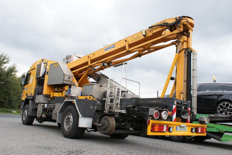 Un camion pour la prospèction des ponts. Dsc09611