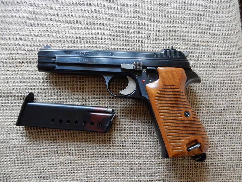 p210 et revolver 1929 Dscn0215