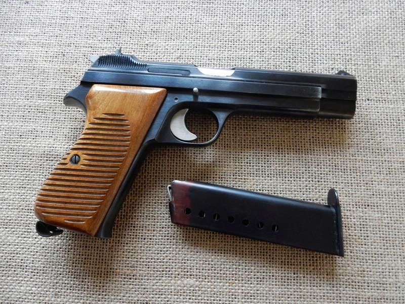p210 et revolver 1929 Dscn0216