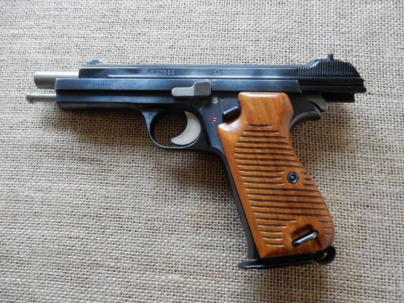 p210 et revolver 1929 Dscn0217