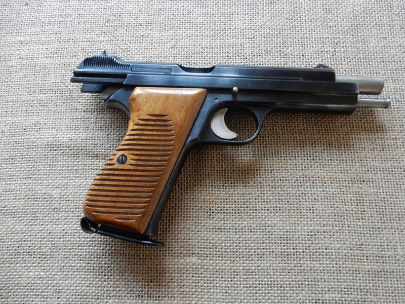 p210 et revolver 1929 Dscn0218