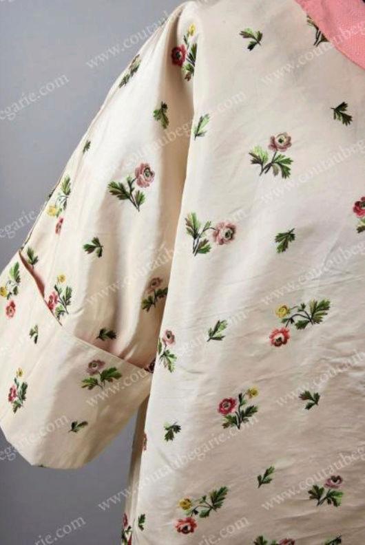 Manteau d'intérieur et robe de chambre pour les hommes au XVIIIe siècle Captu104