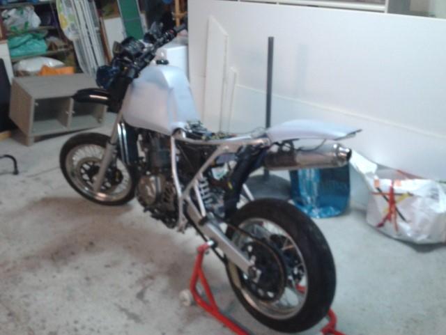 650DR Café Rider Dr210