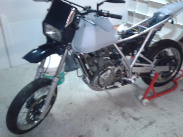 650DR Café Rider Dr310
