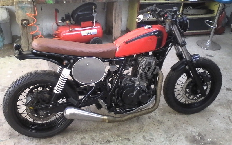 650DR Café Rider Dr_caf11