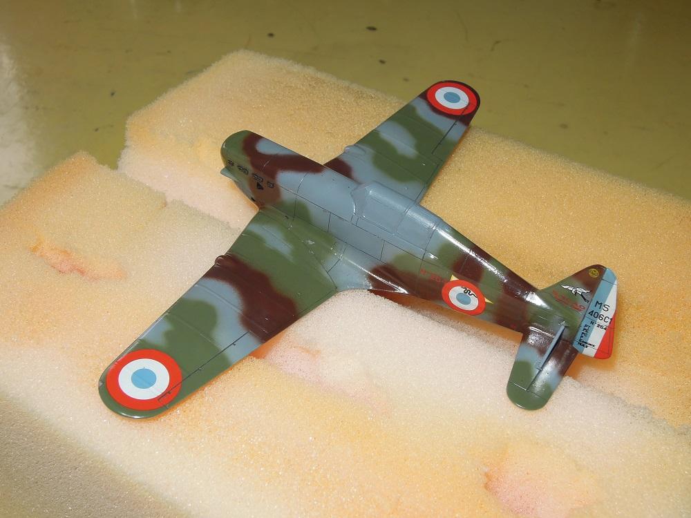 Morane-Saulnier MS-406 C.1 - AZUR 1/72 (Terminé) - Page 2 H110