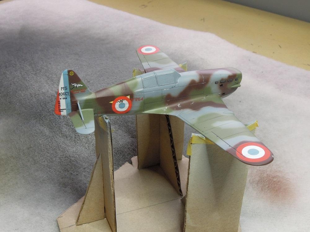 Morane-Saulnier MS-406 C.1 - AZUR 1/72 (Terminé) - Page 2 H310
