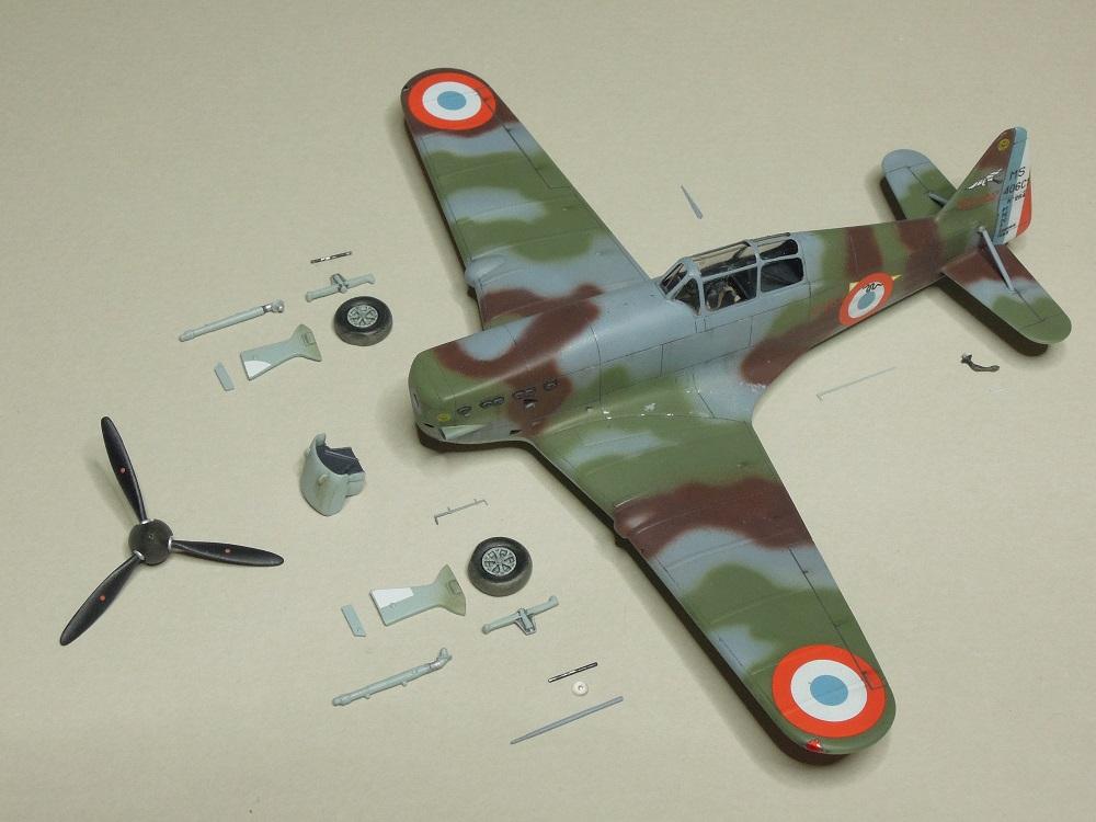Morane-Saulnier MS-406 C.1 - AZUR 1/72 (Terminé) - Page 2 H410