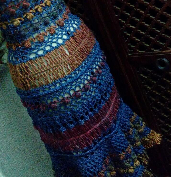 Médiéval 2ème : Costume d'Inspiration Genre Robe-Manteau en Laine et Lin : Crochet et Fourche Crochet  Img_2057