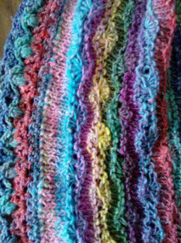 Robe Flammenco au Crochet Laine et Soie , Laine Noro Japonais ! Img_2063