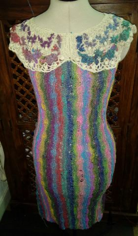 Robe Flammenco au Crochet Laine et Soie , Laine Noro Japonais ! Img_2067