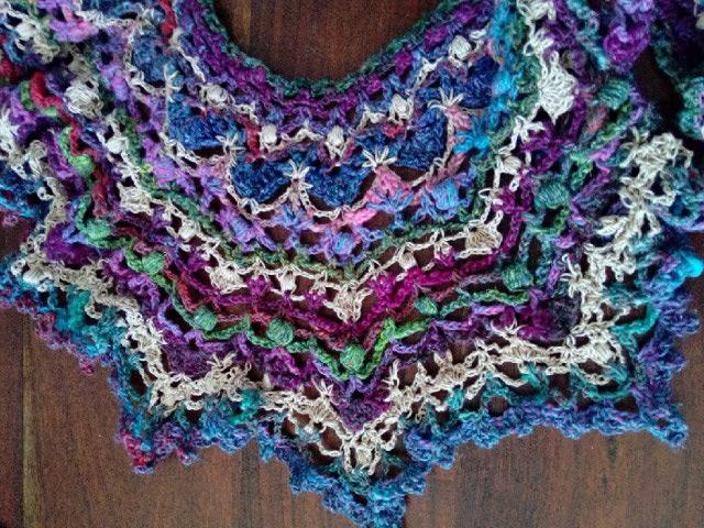 Robe Flammenco au Crochet Laine et Soie , Laine Noro Japonais ! Img_2068