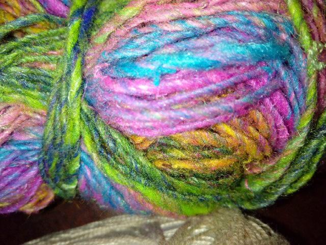 Robe Flammenco au Crochet Laine et Soie , Laine Noro Japonais ! Img_2071