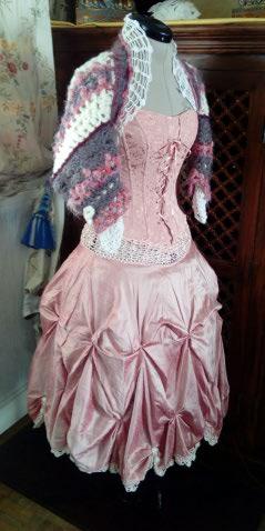 Robe Tissu en Soie Sauvage Saumonée , trés Couture pour événement d'exception ! Img_2161