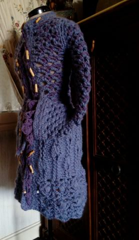 3ème : Costume Robe-Manteau en Trés Grosse Laine style Bleu Médiéval  Img_2171