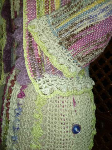Le TISSAGE : 1ère Petite Veste LAINE & LIN avec partie Crochet  Img_2214