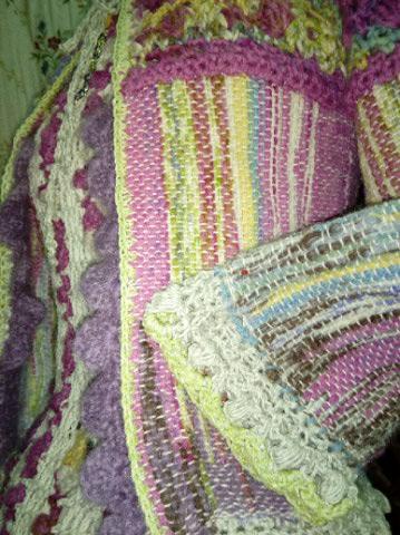 Le TISSAGE : 1ère Petite Veste LAINE & LIN avec partie Crochet  Img_2215