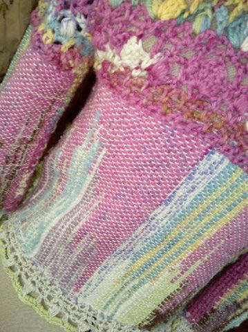 Le TISSAGE : 1ère Petite Veste LAINE & LIN avec partie Crochet  Img_2216