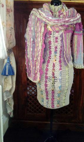 Le TISSAGE : 1ère Petite Veste LAINE & LIN avec partie Crochet  Img_2226