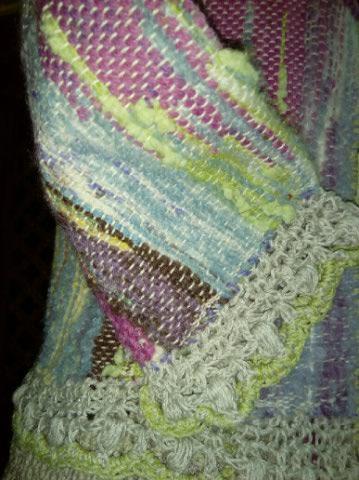 Le TISSAGE : 1ère Petite Veste LAINE & LIN avec partie Crochet  Img_2236