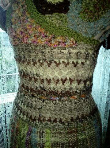 Le TISSAGE : 2ème Robe-Manteau avec Châle au Crochet  Img_2243
