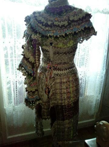 Le TISSAGE : 2ème Robe-Manteau avec Châle au Crochet  Img_2246