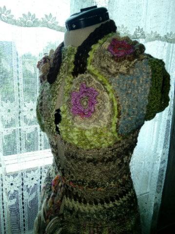 Le TISSAGE : 2ème Robe-Manteau avec Châle au Crochet  Img_2249