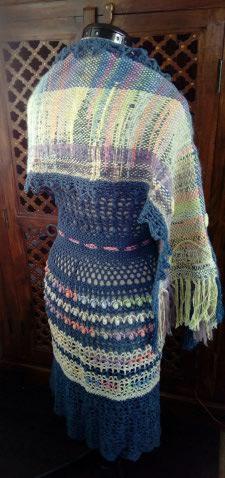 Le TISSAGE : 3ème , Robe au Crochet dentelle en LIN avec Echarpe LIN & LAINE  Img_2256