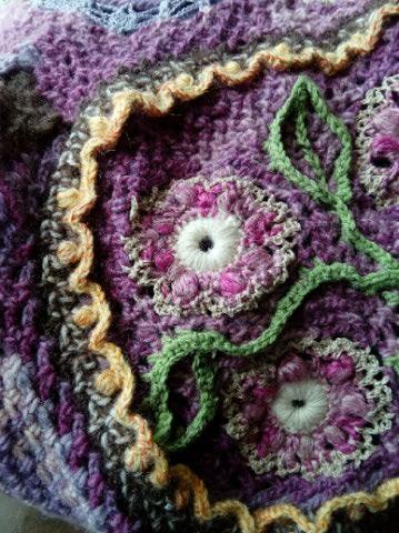 Le TISSAGE : 4ème Robe en LAINE avec partie au Crochet  Img_2281