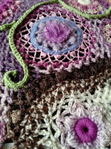 Le TISSAGE : 4ème Robe en LAINE avec partie au Crochet  Img_2284