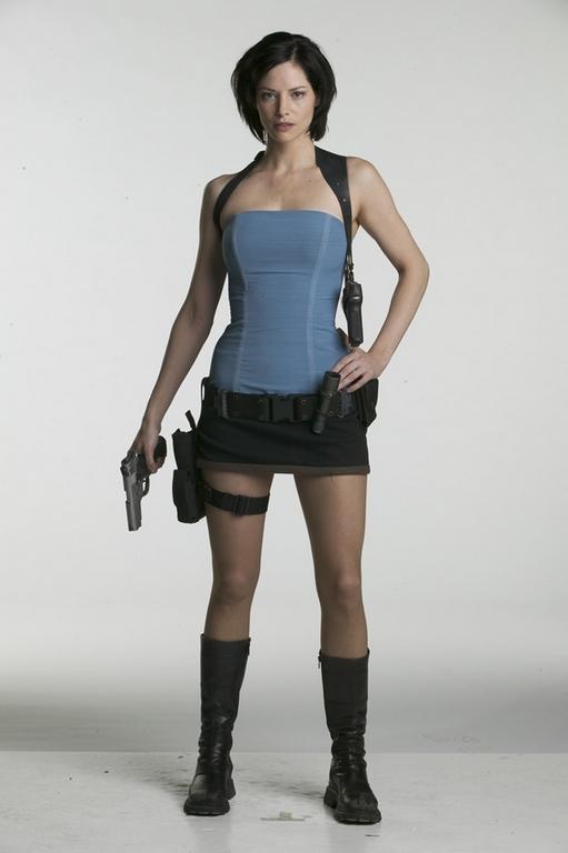 "Eden Greene ""Zombie Killer"" Nuts Planet 75mm (fig finie) - Page 2 Sienna10"