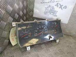 Correspondance fils derrière auto radio. Images10