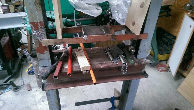 presse hydraulique sur base cric bouteille 30t 1210