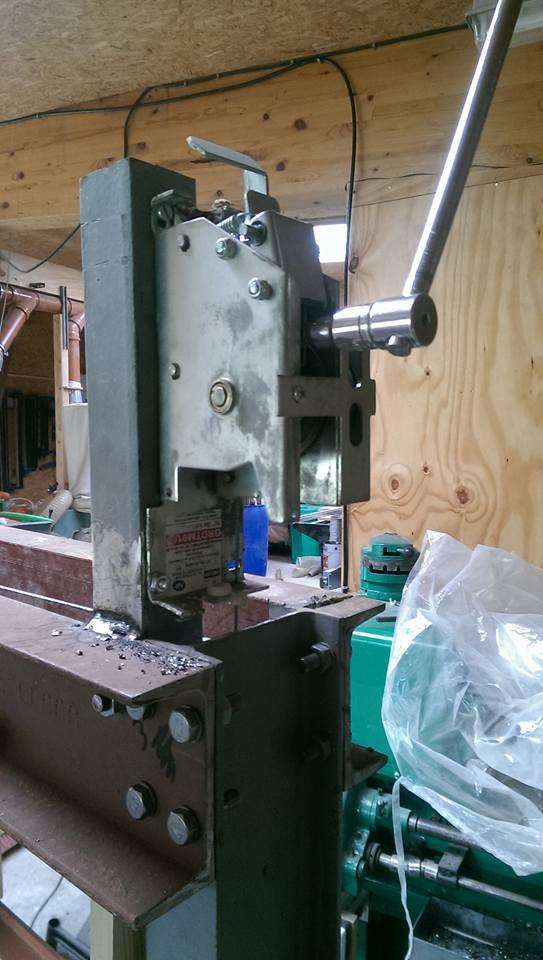 presse hydraulique sur base cric bouteille 30t 1410