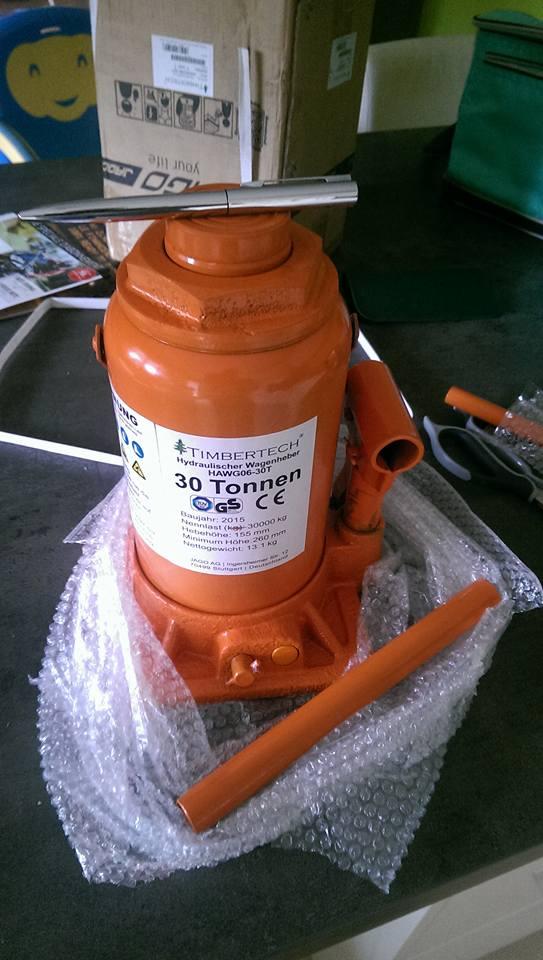 presse hydraulique sur base cric bouteille 30t 710