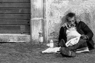 """***  """"  Le pauvre dans la rue """"  est le Christ caché  """" *** Le_pau10"""