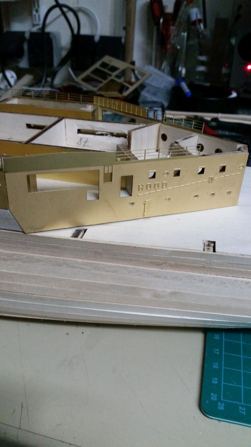 HMS HOOD 1:200 von Hachette gebaut von arrowsmodell - Seite 4 20170103