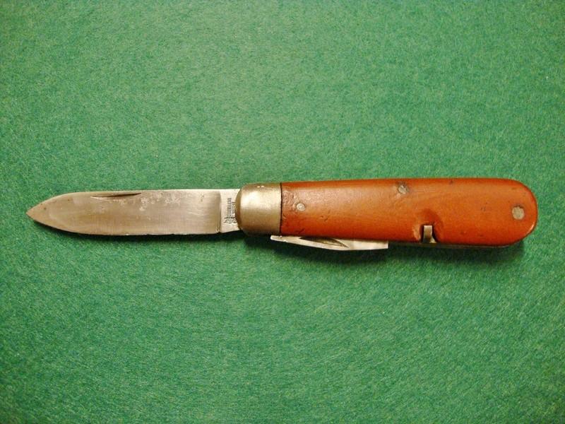Couteaux de Soldat et Couteaux Officier Suisses. Dsc06318