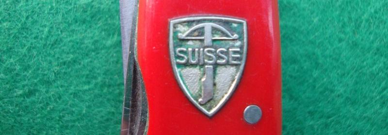 Couteaux de Soldat et Couteaux Officier Suisses. Dsc06517