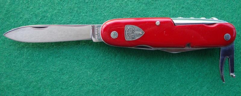 Couteaux de Soldat et Couteaux Officier Suisses. Dsc06619