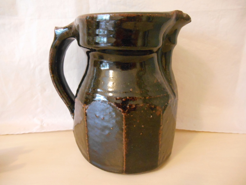 Any thoughts on maker of unmarked Tenmoku Cut Sided Large Jug 17cm please? Dscn0010
