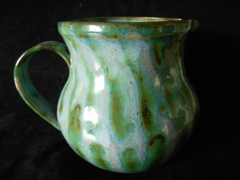 Large Pottery Jug - incised JW mark - similar John Ward? Dscn0012