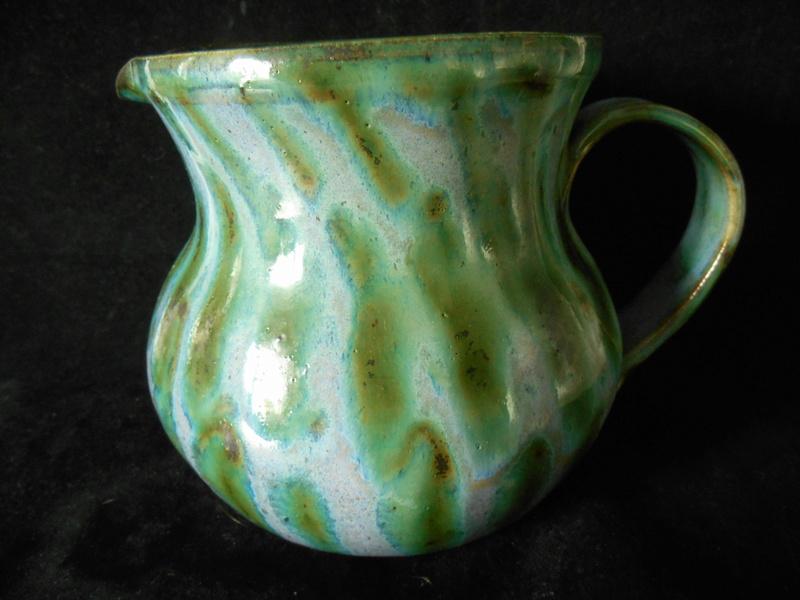 Large Pottery Jug - incised JW mark - similar John Ward? Dscn0013