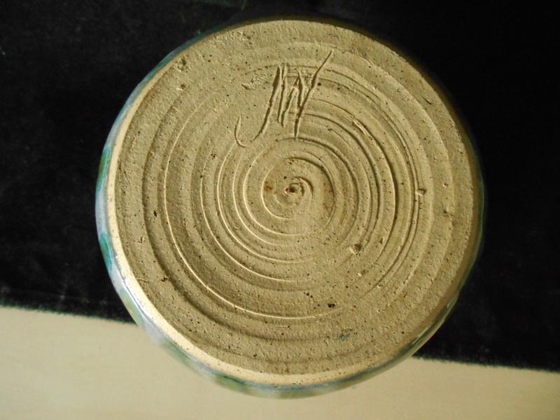 Large Pottery Jug - incised JW mark - similar John Ward? Dscn0014