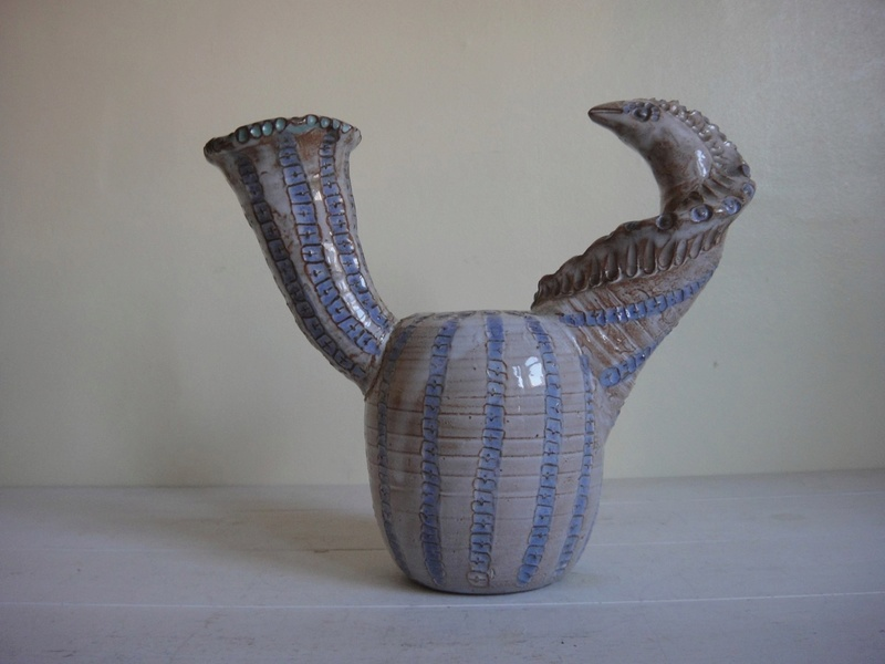 Weird Fish come Serpent Vase Thing?? Dsc01910