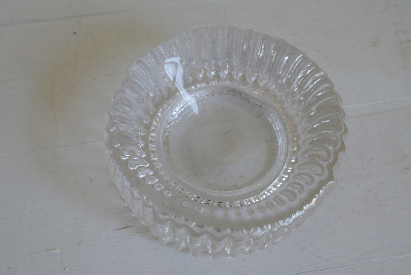 Ribbed Glass Ashtray - Bowl Dish, Chunky? Sam_2413