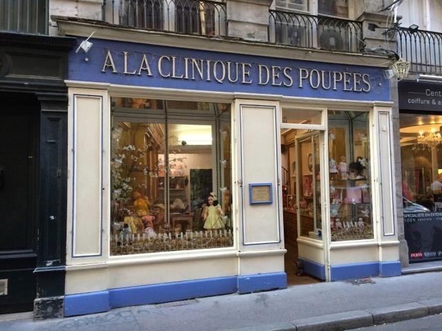 """"""" à la clinique des poupées"""" Cliniq10"""