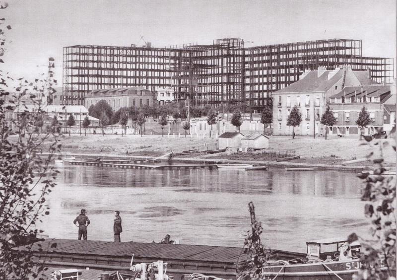 LA CONSTRUCTION DU C.H.U. HOTEL DIEU Chu-ho10