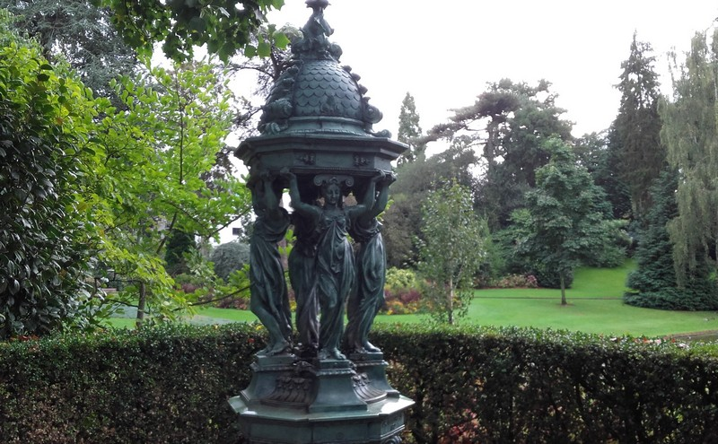 LES FONTAINES WALLACE Fontai10
