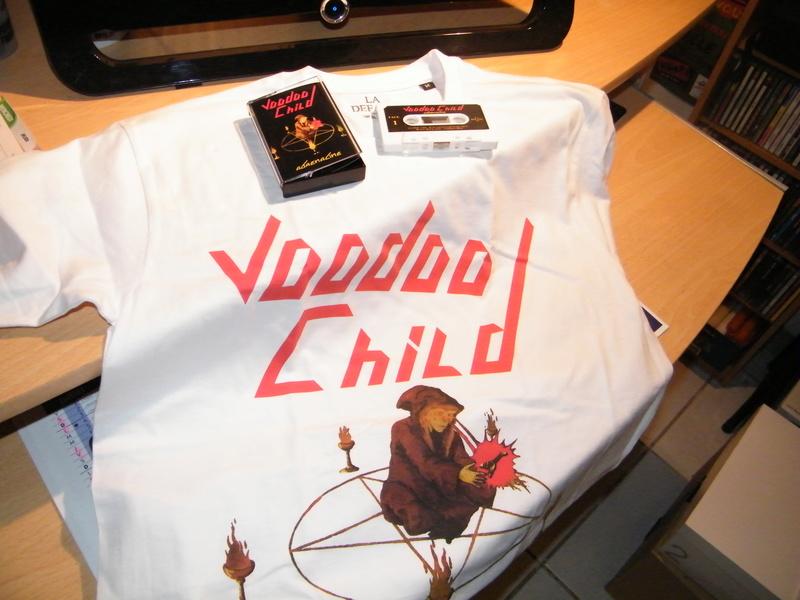 VOODOO CHILD en cassette audio chez LA DEFAITE par CHRISTOPHE BAILET ... Dscf4931